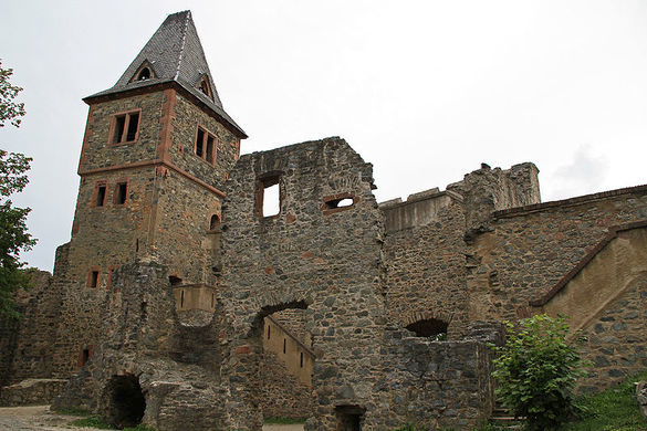 photo of castle ruins